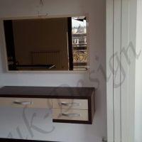 mobila-dormitor-pat-noptiera-oglinda-2